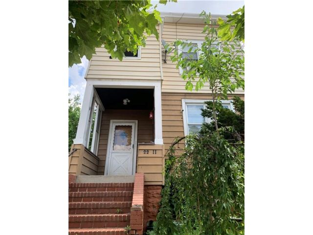 6 BR,  2.00 BTH Multi-family style home in College Point