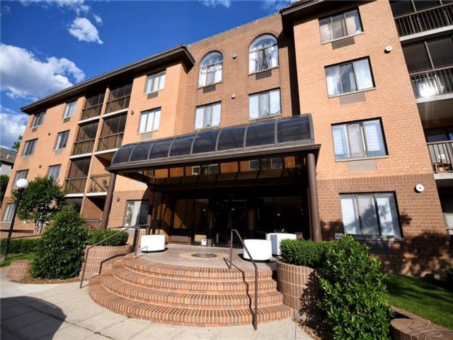 2 BR,  2.00 BTH Condominium style home in Heartland Village