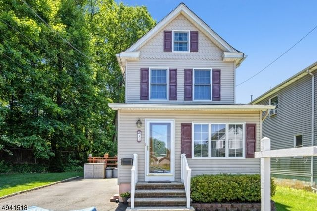 [Bloomfield Real Estate, listing number 6957626]