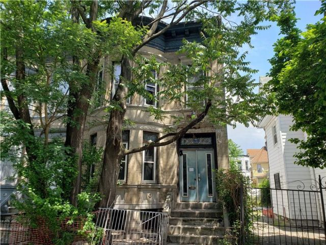 5 BR,  2.00 BTH  Multi-family style home in East Flatbush