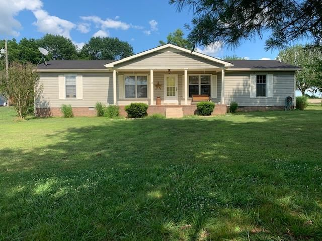 3 BR,  2.00 BTH Ranch style home in Lewisburg