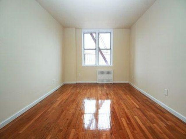 2 BR,  1.00 BTH  Apartment style home in Queens Village