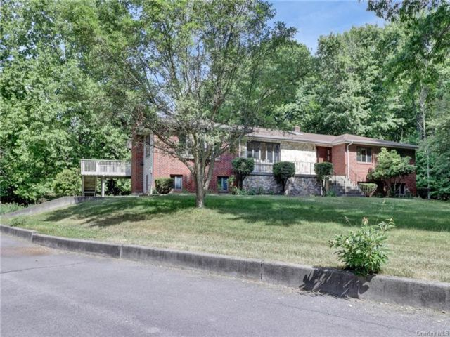 5 BR,  4.00 BTH Ranch style home in Crawford