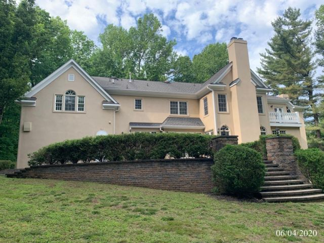 6 BR,  0.00 BTH Custom style home in Chester