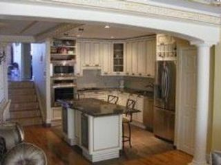 6 BR,  4.00 BTH  Multi-family style home in Brighton Beach