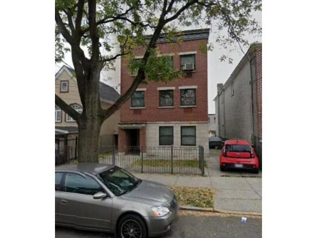 8 BR,  4.00 BTH Multi-family style home in East New York