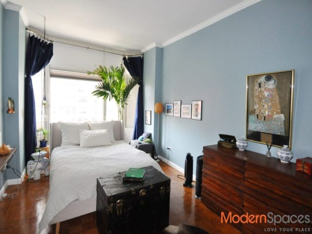 2 BR,  2.00 BTH Condo style home in Middle East Side
