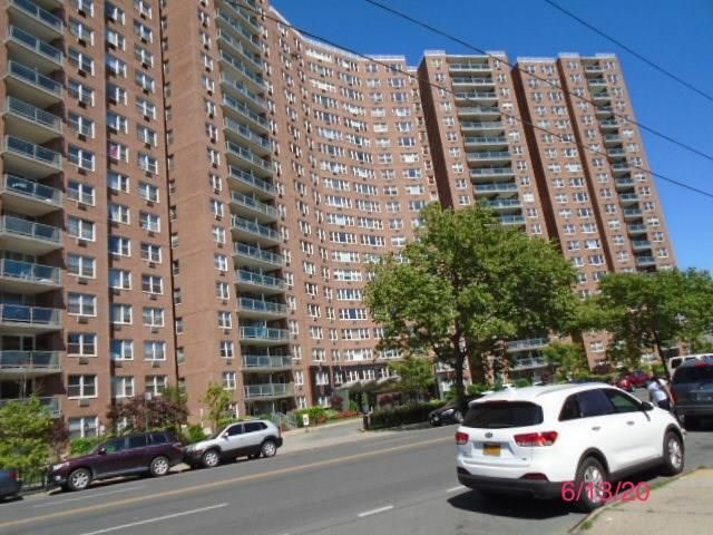 1 BR,  1.00 BTH Co-op style home in Flatbush