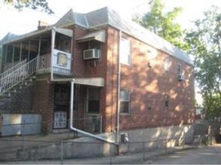 3 BR,  3.00 BTH 2 story style home in Canarsie