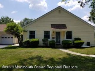 2 BR,  1.50 BTH Attached style home in Freehold