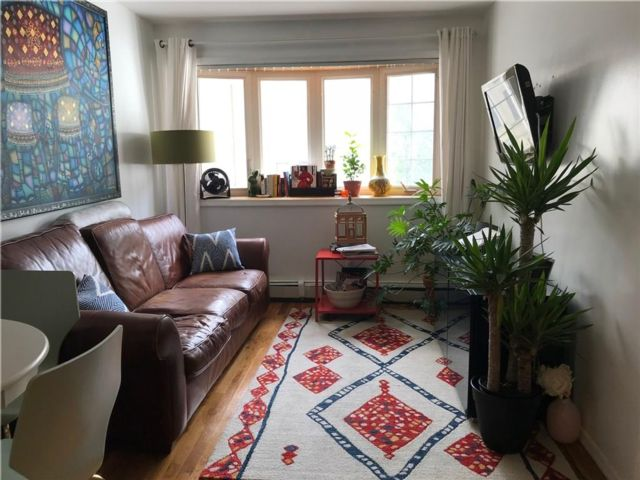 3 BR,  2.00 BTH Multi-family style home in Crown Heights