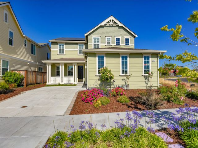 5 BR,  3.00 BTH  style home in Fremont