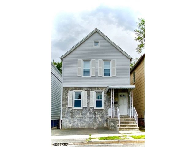 3 BR,  1.00 BTH  Colonial style home in East Orange