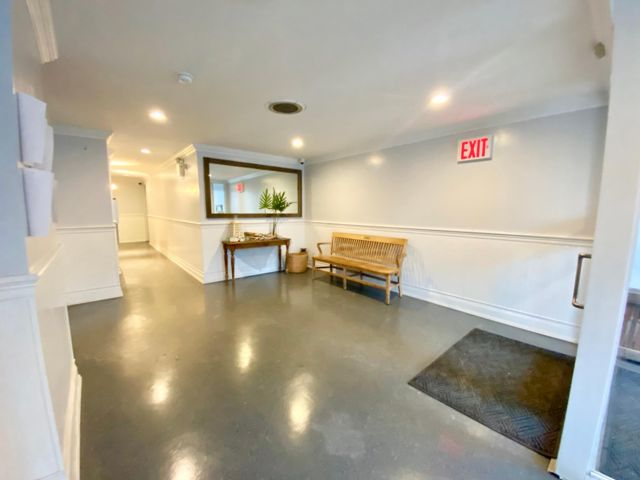 Studio,  1.00 BTH Co-op style home in Rockaway Park
