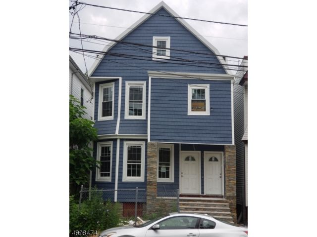 7 BR,  2.00 BTH  Multi-family style home in Newark