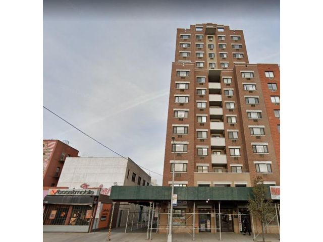 2 BR,  1.00 BTH Apartment style home in Astoria