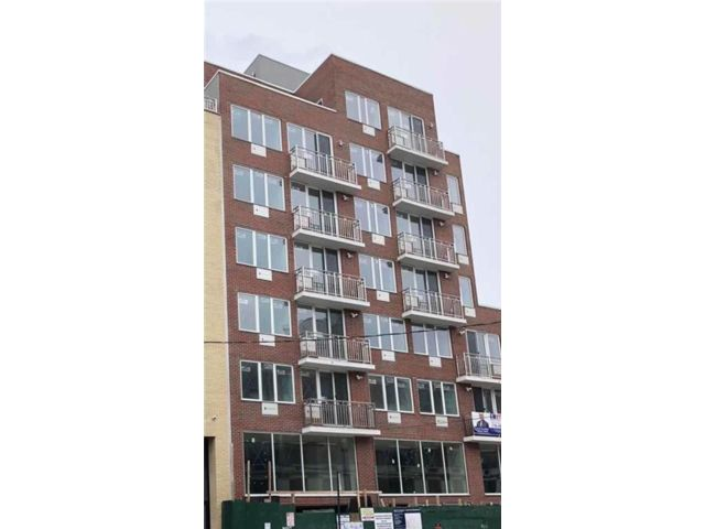 [Sunset Park Real Estate, listing number 6960496]