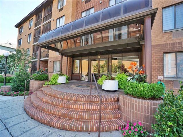 2 BR,  2.00 BTH Condominium style home in New Springville
