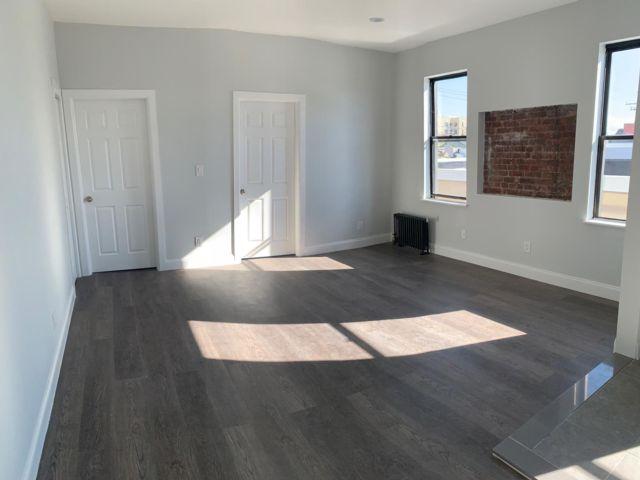 [Rockaway Park Real Estate, listing number 6961058]