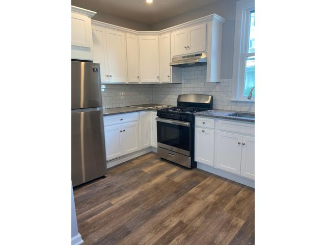 1 BR,  1.00 BTH  Apartment style home in Newark