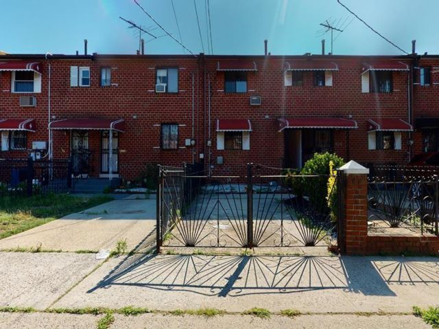 3 BR,  1.00 BTH Single family style home in Brownsville