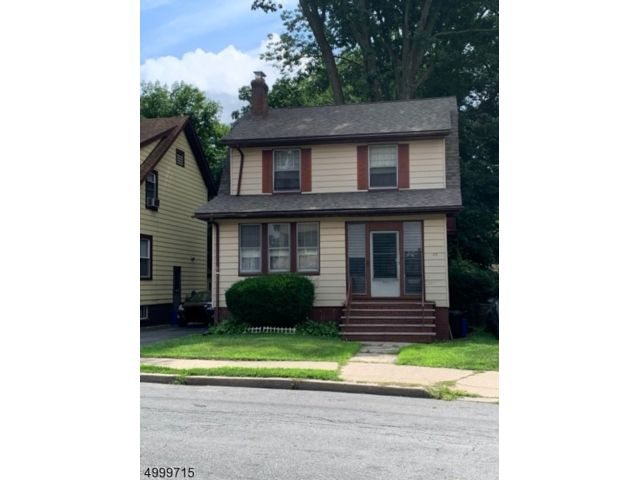 3 BR,  2.00 BTH  Colonial style home in East Orange