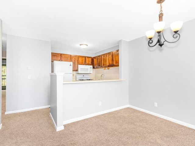 3 BR,  2.00 BTH Apartment style home in Bronx