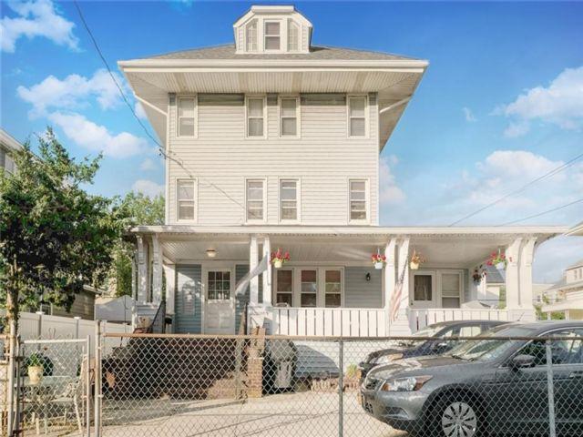 2 BR,  1.00 BTH Condominium style home in Rockaway Park