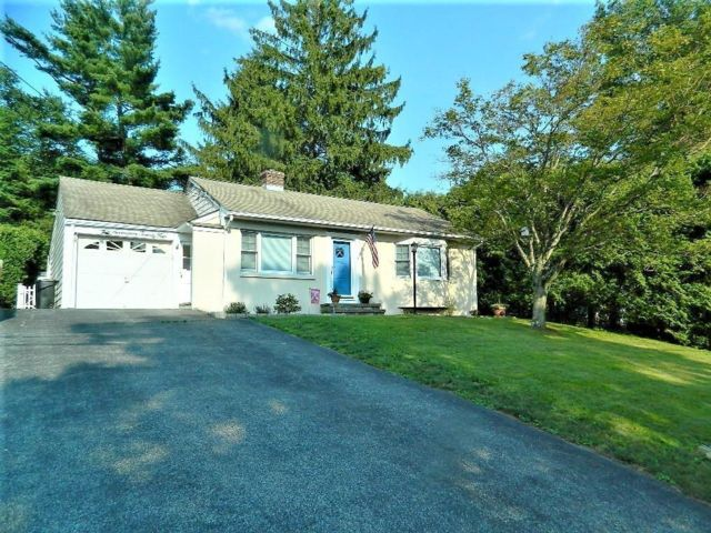 2 BR,  1.50 BTH Ranch style home in Yorktown Heights
