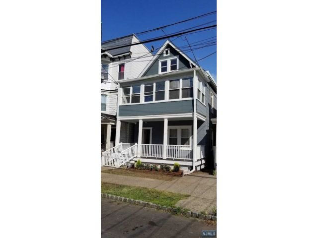 2 BR,  1.00 BTH 2 family style home in Montclair