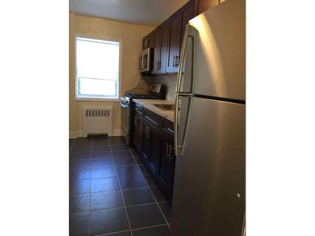 [Grymes Hill Real Estate, listing number 6961634]