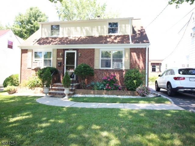 4 BR,  2.50 BTH  Cape cod style home in Teaneck