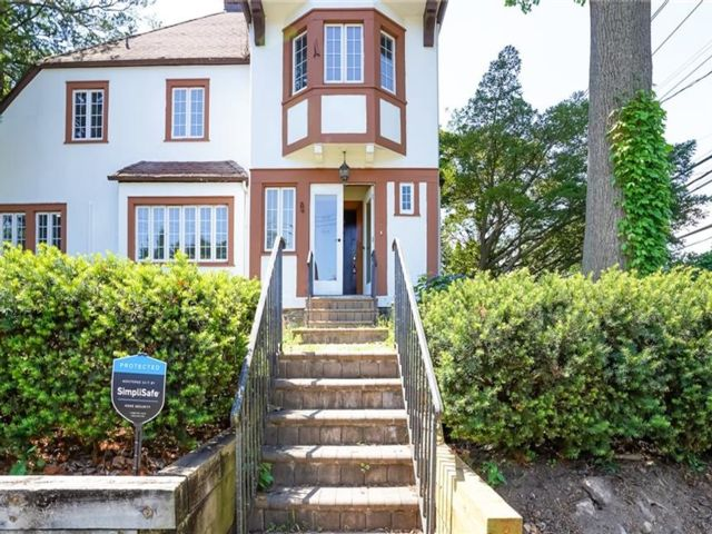 4 BR,  3.00 BTH Tudor style home in New Rochelle