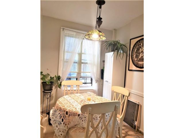 [Mosholu Real Estate, listing number 6961744]