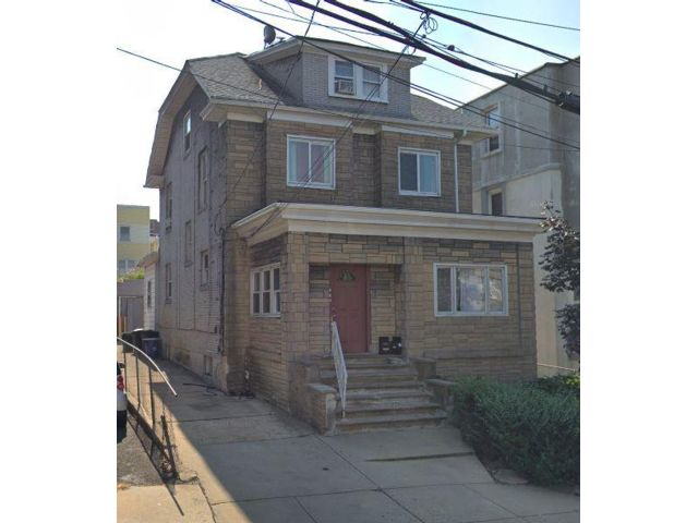 4 BR,  1.00 BTH  Apartment style home in West New York