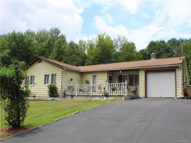 3 BR,  2.00 BTH Ranch style home in Fallsburg