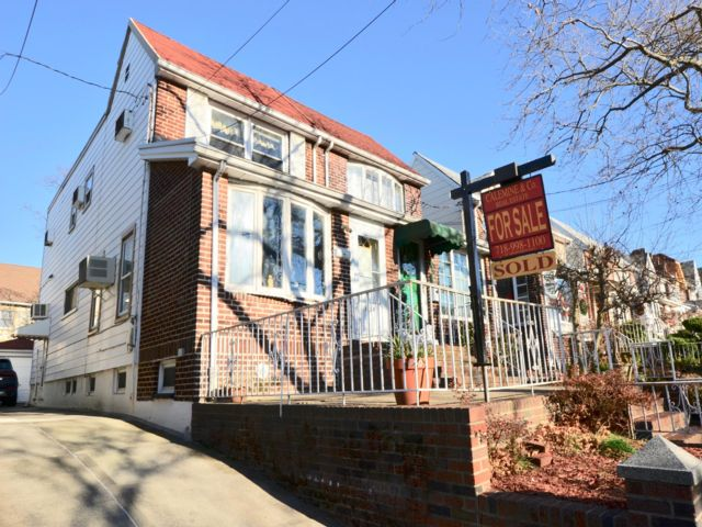 3 BR,  1.50 BTH   style home in Dyker Heights