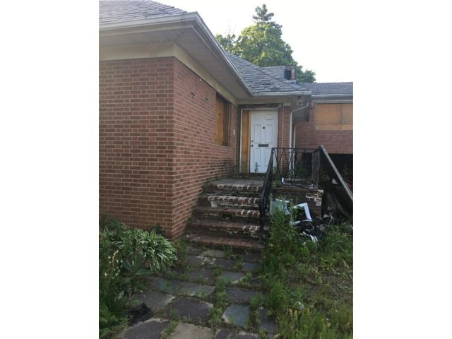 Studio,  0.00 BTH  Single family style home in Midwood