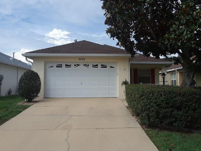 2 BR,  2.00 BTH Ranch style home in Ocala