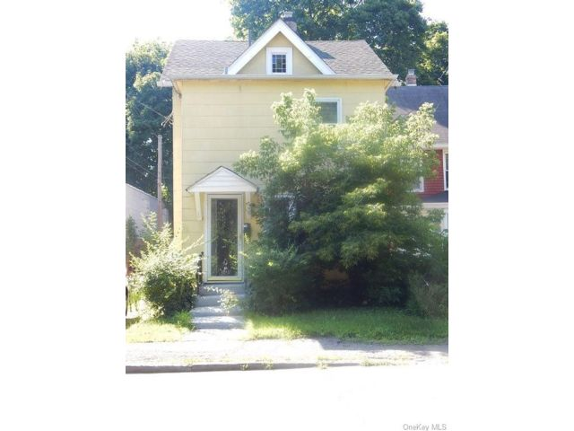 3 BR,  1.00 BTH 2 story style home in Middletown