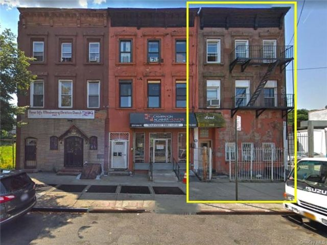 8 BR,  0.00 BTH Other style home in Bedford Stuyvesant