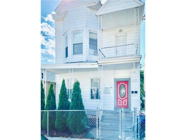 7 BR,  2.00 BTH Other style home in Yonkers