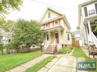4 BR,  1.50 BTH House style home in Rutherford