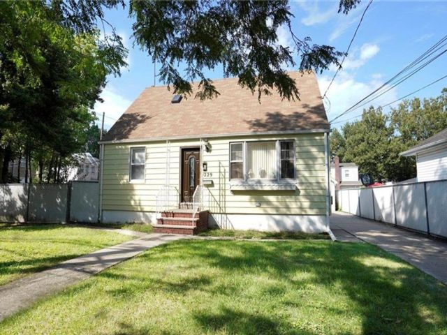 [Old Town Real Estate, listing number 6962891]