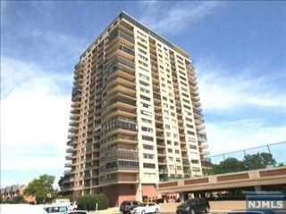 Studio,  1.00 BTH Highrise style home in Edgewater