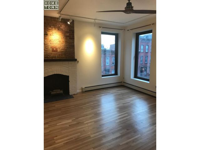1 BR,  1.00 BTH  Rental style home in Park Slope