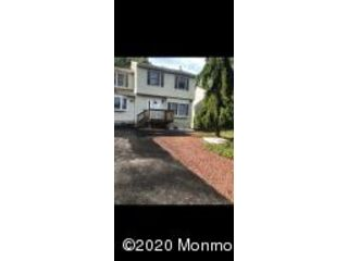 4 BR,  3.00 BTH Colonial style home in Toms River