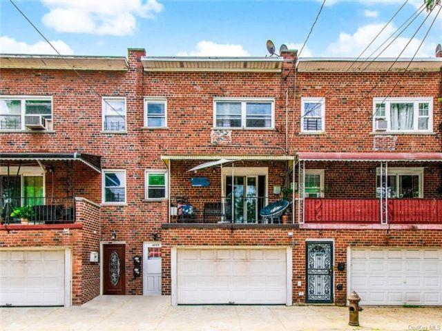 [Wakefield Real Estate, listing number 6963239]