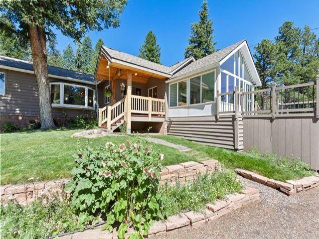 3 BR,  2.00 BTH  Ranch style home in Evergreen