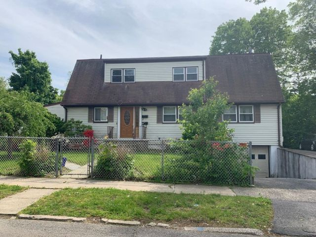2 BR,  1.00 BTH Apartment style home in White Plains